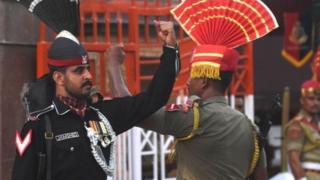 भारत और पाकिस्तान के सैनिक