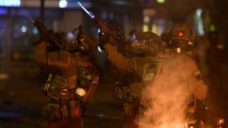 Полиция Гамбурга во время беспорядков
