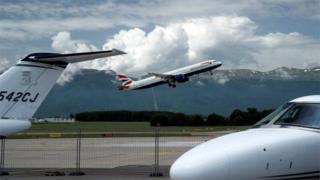 BA plane leaves Geneva airport