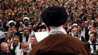 رهبر ایران در جمع بسیجیان سخنرانی کرد
