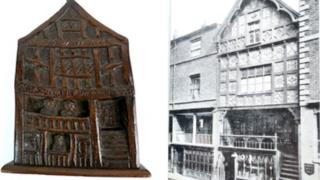The carving next to the Chester house it's based on