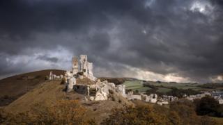 Развалины замка Корф