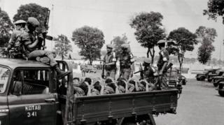 印尼军队抓捕大批左翼人民青年团的成员