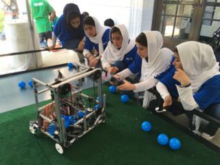تیم رباتیک دختران افغانستان