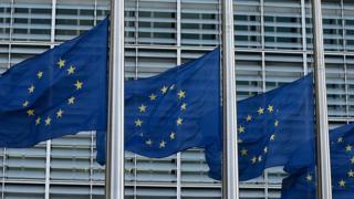 بر اساس قوانین اتحادیه اروپا، کسری بودجه سالانه کشورهای عضو نباید از سه درصد تولید ناخالص ملی آنها تجاوز کند.