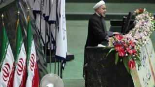 """گزارش کمیسیون امنیت ملی مجلس گفته است که رویکرد دولت روحانی به اقدامات آمریکا در برجام """"متناسب"""" نبوده است"""