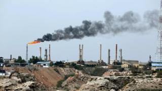 इरानको उर्जा क्षेत्रमा युरोपेली कम्पनीहरूले लगानी गरेका छन्।