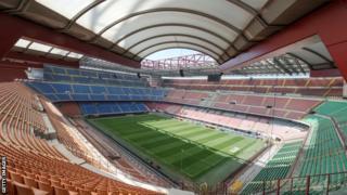 イタリア・ミラノにあるサン・シーロ・スタジアム。日本代表の長友佑都は、ここで当時付き合っていた恋人にプロポーズした