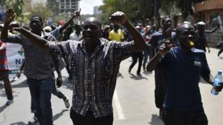 Opposition supporters wey dey protest for Nairobi on October 11, 2017