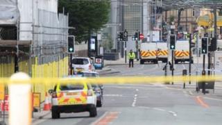 صورة أحداث إرهابية وقت في بريطانيا