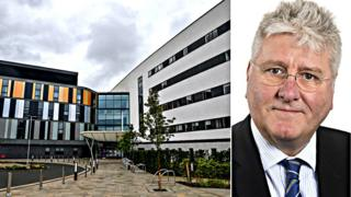 Chief who 'transformed' culture at NHS Lothian to retire