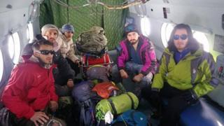 Tufandağda itkin düşən alpinistlərin axtarışına qoşulan könüllülər