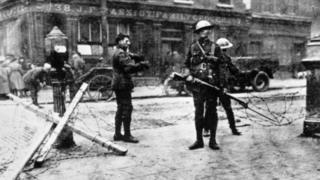 British troops at a road block outside Cassidy's Grocery during the Easter Rising in Dublin, 1916