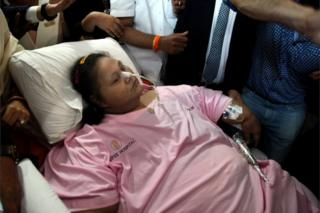 "Eman Ahmed, who was possibly the world""s heaviest woman, leaves Saifee hospital, in Mumbai, India, 04 May 2017."