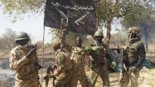 Sojojin Nigeria na sauke tutar Boko Haram
