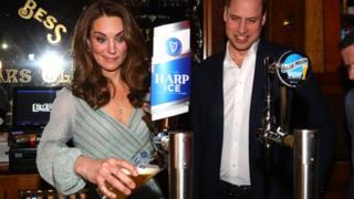 Duke and Duchess of Cambridge in a bar