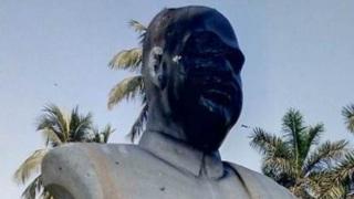 श्यामा प्रसाद मुखर्जी की मूर्ति