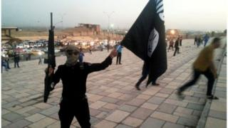 سيطر تنظيم الدولة على الموصل في يونيو/حزيران في عام 2014