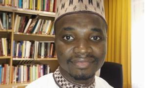Muhsin Ibrahim, Malamin harshen Hausa ne a jami'ar Cologne da ke Jamus kuma Malami a sashin nazarin wasannin kwaikwayo a jami'ar Bayero ta Kano