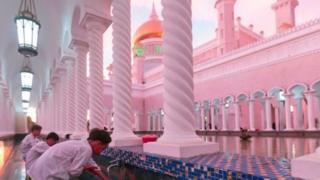 Brunei ni taifa dogo lakini tajiri sana