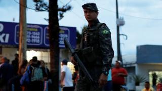 Vojnici Brazila na granici