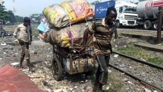 Icyegeranyo cy'umuryango Oxfam kivuga ko ubusumbane bukomeje kwiyongera muri Afurika y'uburengerazuba