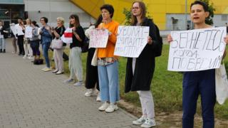 Strikers at the MZKT heavy vehicle plant in Minsk, 20 Aug 20