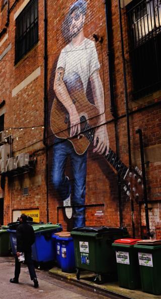 Mural on Sauchiehall Street