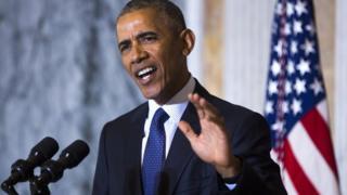 トランプ氏を強く非難するオバマ大統領(14日)