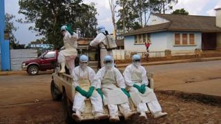 La fièvre hémorragique de Marburg fait 2 morts en Ouganda.