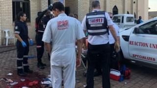 نیروهای امدادی گفتهاند که یک نفر از مجروحان دقایقی بعد از رسیدن به بیمارستان کشته شده