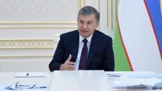 Shavkat Mirziyoyev bojxonadagi korruptsiyani qoraladi.
