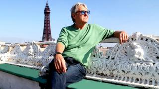 Joe Longthorne on Blackpool North Pier