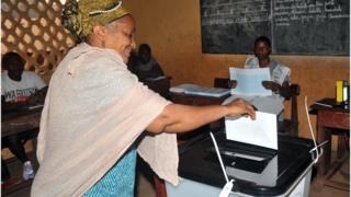 Une électrice en Guinée