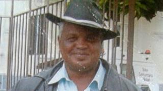Ambulante Luiz Carlos Ruas foi espancado depois de tentar defender duas travestis