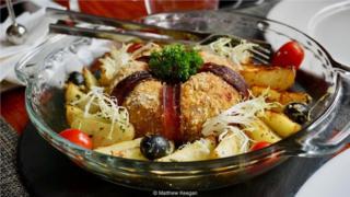 澳门葡国菜被联合国教科文组织认定为世界上第一种融合料理。
