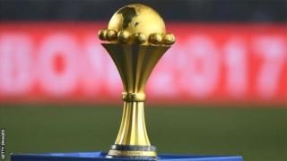 La CAN aura lieu pour la première fois en juin et juillet, avec 24 équipes au lieu de 16 lors des précédentes éditions.