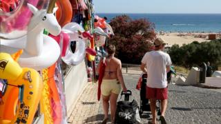 Health supplements fitness Tourists on the Algarve