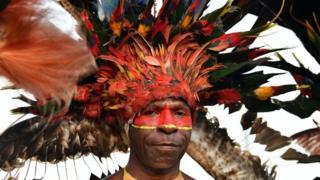 Indígena de Papúa Nueva Guinea