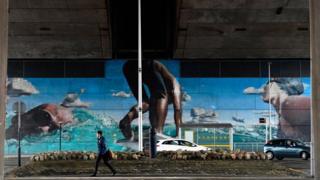 Mural on Kingston Bridge