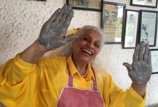 Meena Vohra at her potter's wheel
