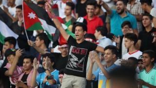 صورة من المباراة التي جمعت منتخبي الأردن والكويت ضمن التصفيات المشتركة المؤهلة الى نهائيات كأس العالم 2022 وكأس آسيا 2023.