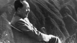 Mao Zedong de vacaciones en la montañas de Lushan en 1961