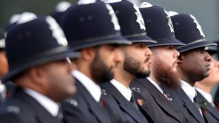 İngiliz polisler