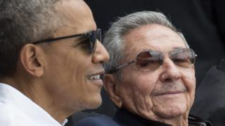 US President Barack Obama (L) and President of Cuba Raul Castro (R) attend a Major League Baseball exhibition game between the Tampa Bay Rays and the Cuban national team at the Estadio Latinoamericano (Latin American Stadium) in Havana, Cuba, 22 March 2016.