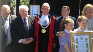 Mayor Joe Anderson, Tony McGann, Lord Mayor Malcolm Kennedy and others at the award ceremony
