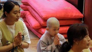 biksu, Buddha, mati