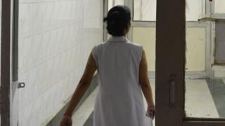 مستشفى هندي يفصل طبيبين بعد الإعلان خطأ عن وفاة طفل