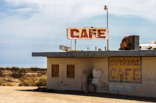 Abandoned cafe at Salton City in 2007
