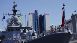 Корабель НАТО в порту Одеси